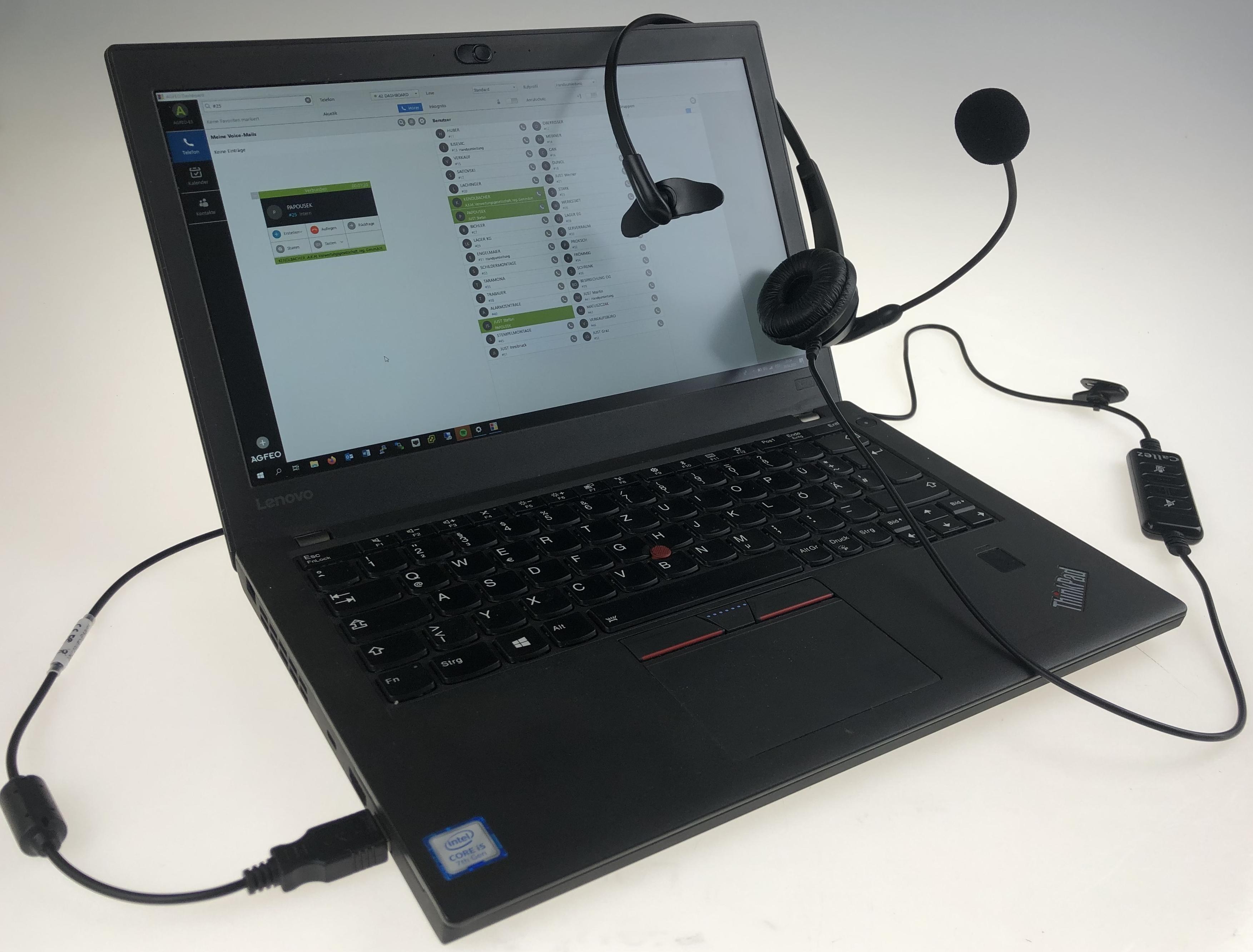 Notebook mit aktivem Softphone
